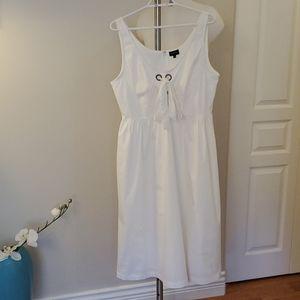 Beautiful Cotton White Dress Large